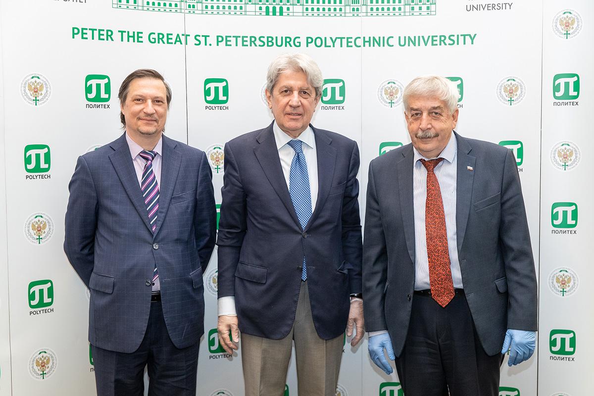 Ответственный секретарь Комиссии РФ по делам ЮНЕСКО Григорий Орджоникидзе посетил СПбПУ